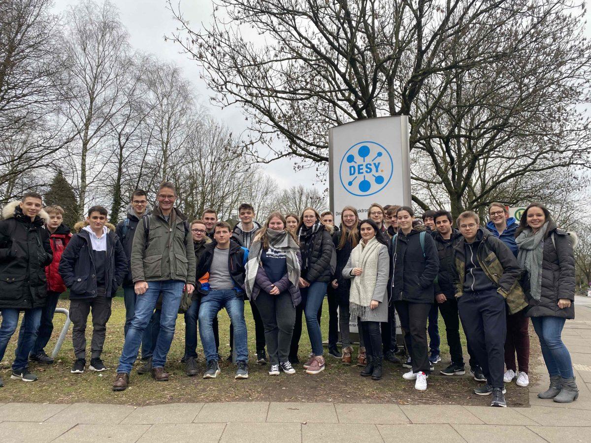 Physik-LK's vom THG am DESY – Forschung hautnah erleben
